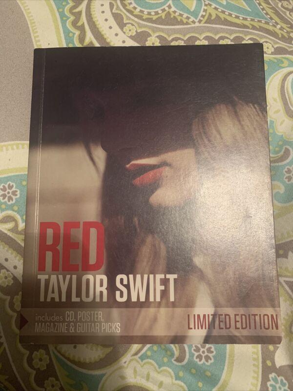 Taylor Swift RED Limited Edition Zinepak