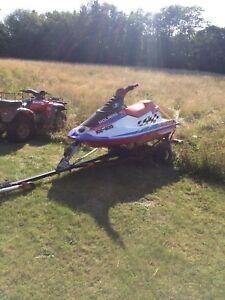 3 polaris jet skis slx780