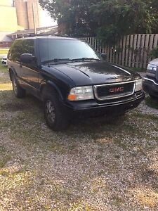 2005 gmc jimmy parting out