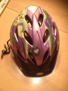 Casque vélo ou patin fille