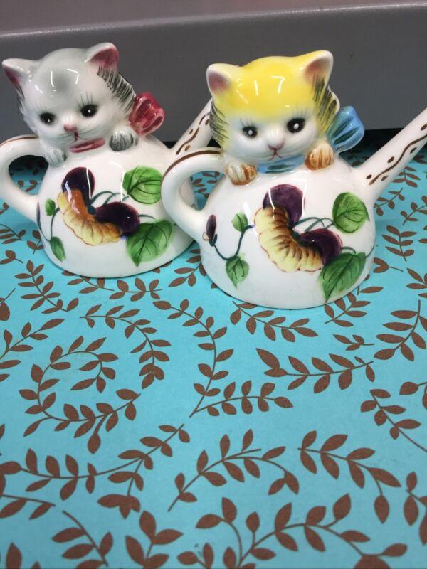 "RARE VINTAGE ""PY JAPAN"" KITTENS CATS IN TEAPOTS CERAMIC SALT & PEPPER SHAKERS"