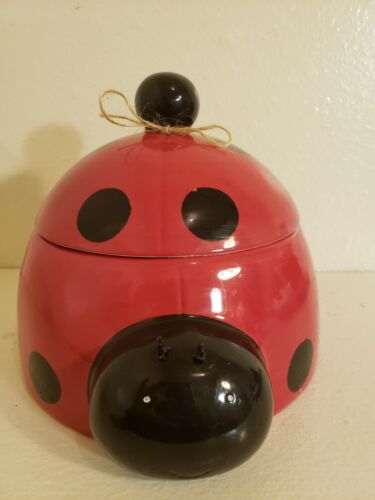 CERAMIC LADY BUG COOKIE JAR HOLDER CONTAINER KITCHEN CANISTER