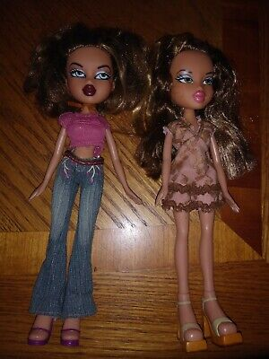 Yasmin Bratz Dolls 2001 - with clothes (Total of 2)