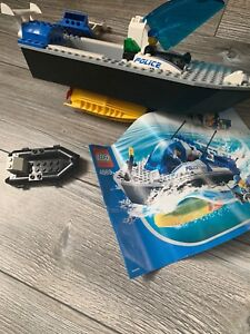 Turbo charged police boat lego