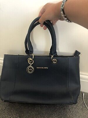 navy blue michael kors bag