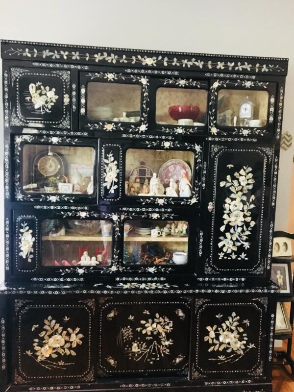 Mother of Pearl China cabinet !! Antique over 50 years old from japan