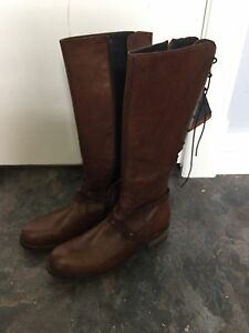 Woolky belmore boots size 8-8.5