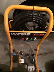13 Hp Honda GX390.  Diamond 3800 psi. 4.0 gpm pressure washer Peterborough Peterborough Area image 2