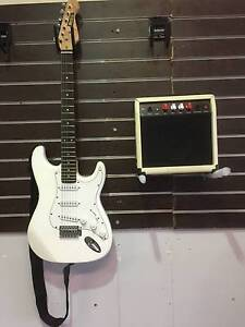 MUSIC Electric Guitar ,Amp,Cord & Soft Case  package Adamstown Newcastle Area Preview
