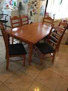 Six seater dinning table Caringbah Sutherland Area Preview