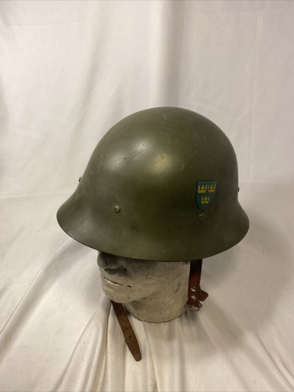 Swedish M26 Helmet With Decals (VB2684