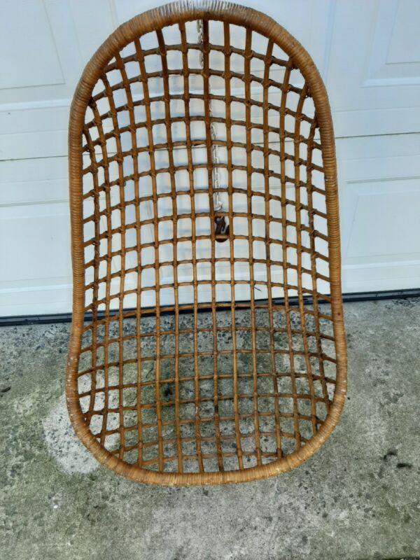 Vintage Rattan Wicker Mid Century Egg Shaped Hanging Swing Chair Retro