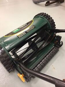 OZITO  HAND LAWN MOWER  PUSH REEL 300mm width Brighton Bayside Area Preview