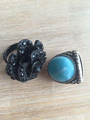 Schwarz Und Türkis (2 modische Ringe schwarz und türkis, verschiedenes Design (Modeschmuck), Set)