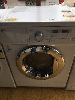 DELIVERY AVAILABLE LG washer dryer 7/4kg