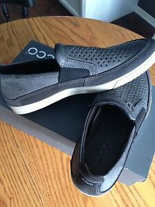 Men's ECCO Shoes, brand new, size 42, nice for only $40