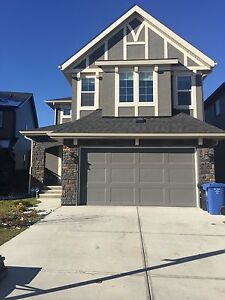 house for rent in valley ridge nw calgary just 1900