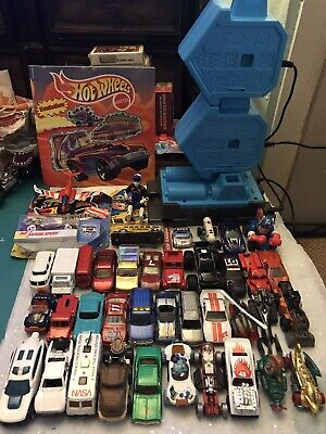 Hot Wheels Booster Track Builder TB-13Die Cast Cars- Matchbox lot of 40 bundle