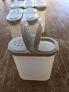 Tupperware spice containers x 6 Morphett Vale Morphett Vale Area Preview