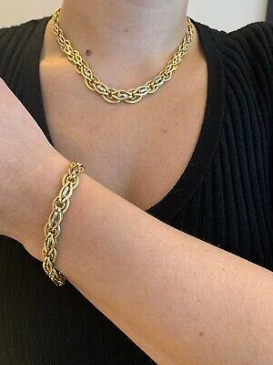 18 ct Gold Necklace And Bracelet Set Stunning