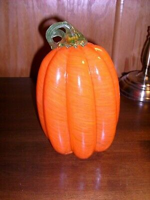 Glass Pumpkin - 8 1/2