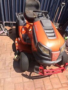 "Husqvarna 42 "" Ride On Mower Victoria Point Redland Area Preview"
