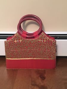 New Purse with zip top