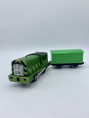 Motorized Salty's Green Coat of Paint w/ Car Thomas and Friends Trackmaster