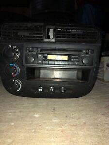 1999-2010 Honda Odyssey radio (BEST OFFER TAKES)
