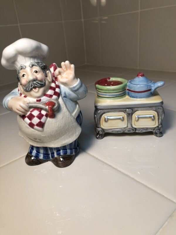 FITZ AND FLOYD PAPA PAISANO CHEF AND STOVE SALT AND PEPPER SHAKERS