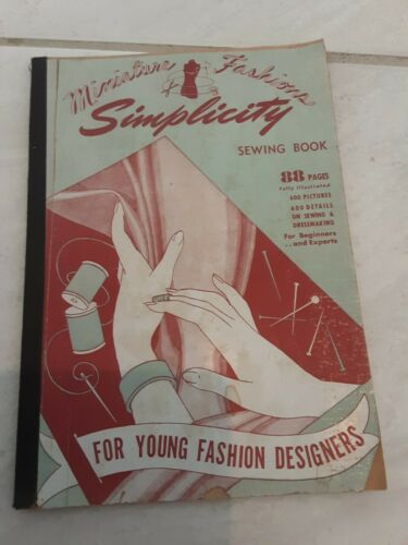 """1940s Vintage Simplicity Sewing Book for 12"""" Mannequin"""