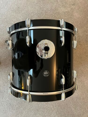 """Gretsch Drums Renown 3-Piece Shell Pack with 20"""" Bass Drum  Piano Black"""