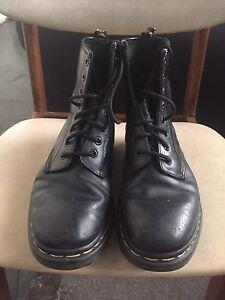 Dr martens originals black boots size 38-39 uk 6 Erskineville Inner Sydney Preview