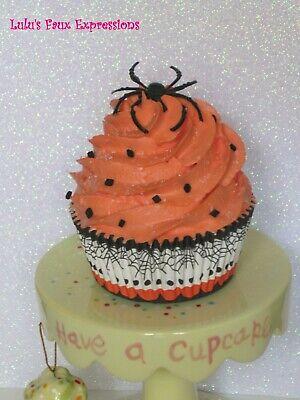 Faux CUPCAKES Fake Food HALLOWEEN SPIDER black web sprinkles](Halloween Spider Web Cupcakes)