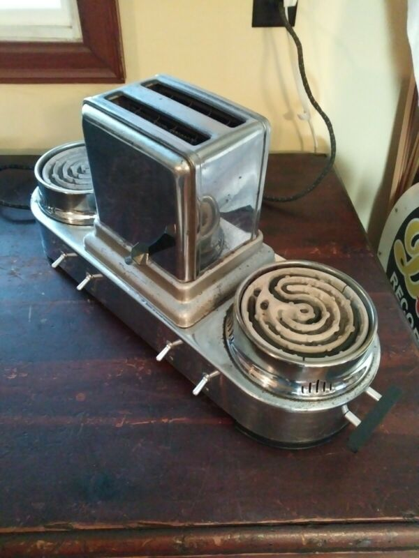 Vintage Toaster And Two Hot Plate Combo Machine - Works - Great Retro Design!