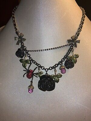 BETSEY JOHNSON GOTHIC DARK FOREST BLACK ROSE/SPIDER/ACORN NECKLACE