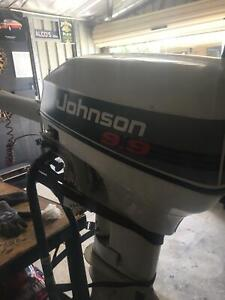 Johnson 9.9hp outboard engine/ auxiliary motor Seville Grove Armadale Area Preview