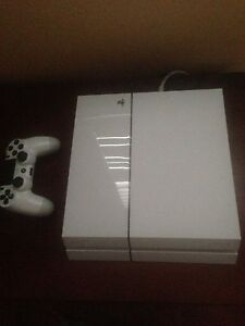 PS4 w/ 1 controller
