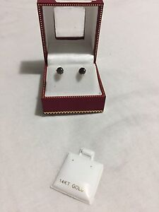 14K Gold Black Diamond 1.22Carat Earrings