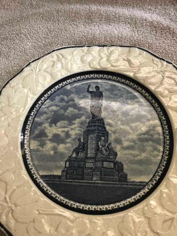 Royal Fenton National Monument Plate Staffordshire GOOD COND
