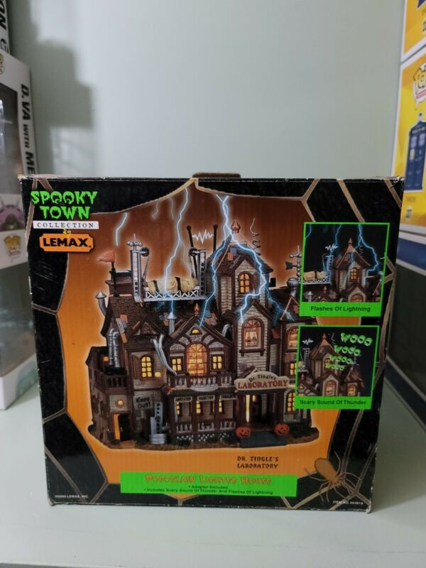 2000 LEMAX Halloween Village DR. TINGLE'S  LABORATORY Lights Sound SPOOKY TOWN