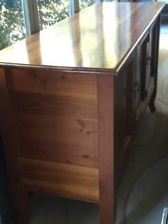 Excellent storage - 3 door timber buffet Northbridge Willoughby Area Preview