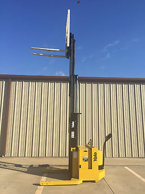 2002 Yale Walkie Stacker - 24 Volt Straddle Walk Behind Forklift - 153 Lift