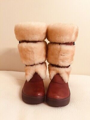 Auth. UGG Australia Belted Chestnut Shearling & Leather Boots Size US 7