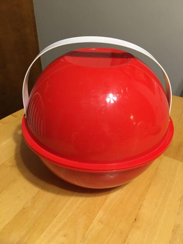 Vintage Ingrid Red Plastic Picnic Party Ball - Retro Picnic Set - 6 Settings
