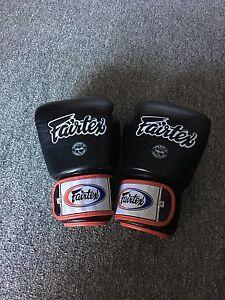 Fairtex Muay Thai / Boxing Glove Castle Hill The Hills District Preview