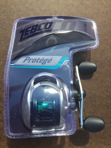 Zebco 6.1:1 Gear Ratio Quantum Protege 100 Right Hand Clam P
