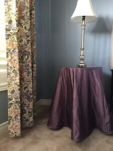 2 pure silk table cloths for round table