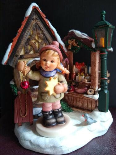 Hummel HOLIDAY FUN #2204 & BAVARIAN CHRISTMAS CHRISTKINDLESMARKT SCAPE Retired