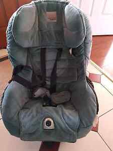 2 Safe n sound child car seats Shellharbour Shellharbour Area Preview